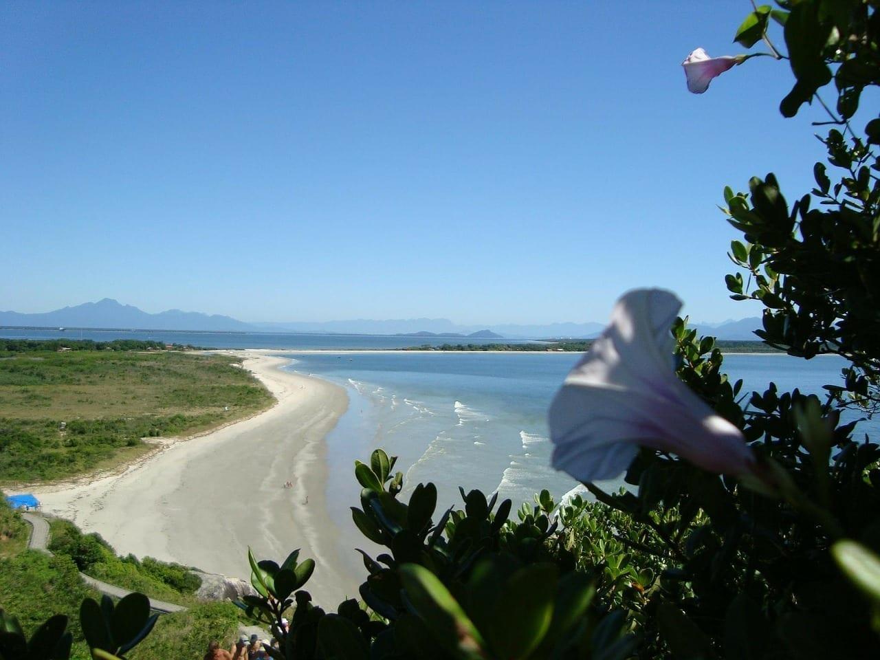 Playa Ilha Mel Paraná Argentina