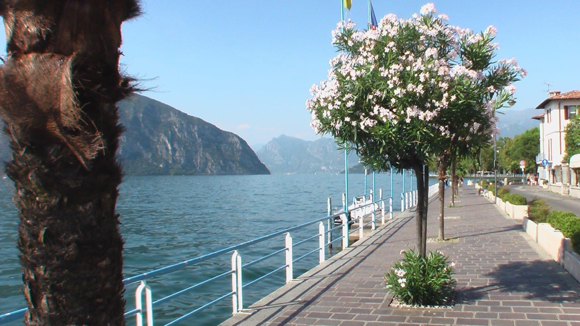Promenade Lago Iseo Italia