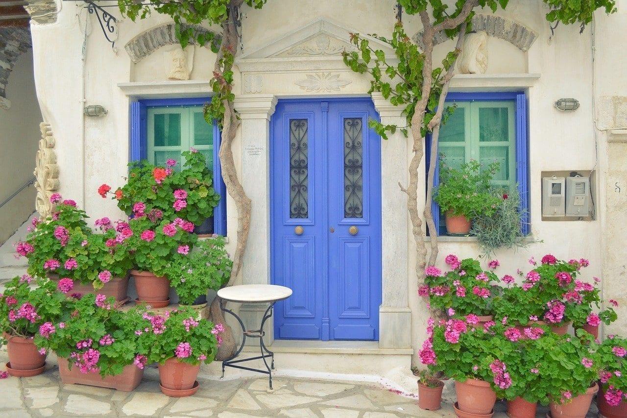 Puerta Isla Griega Pyrgos La Isla De Tinos Dor Con Flores Grecia