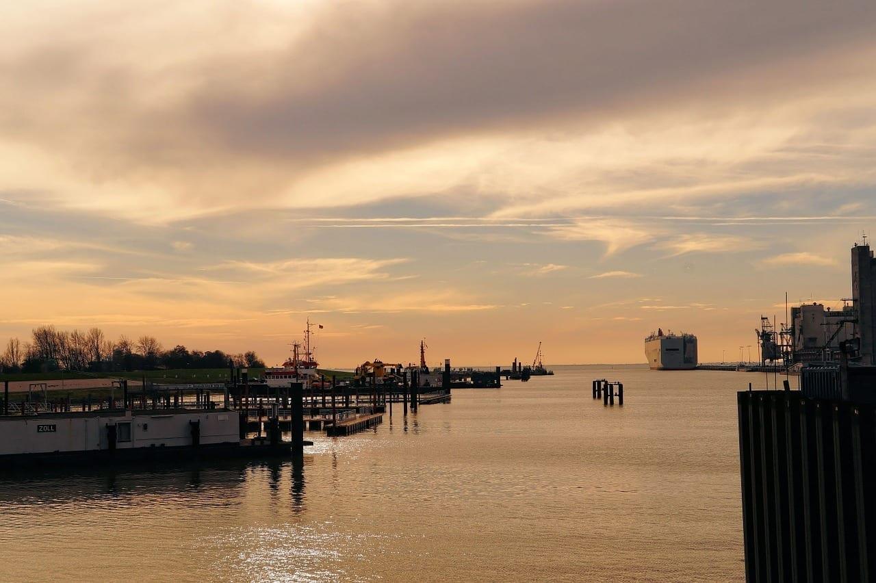 Puerto Emden Frisia Oriental Alemania