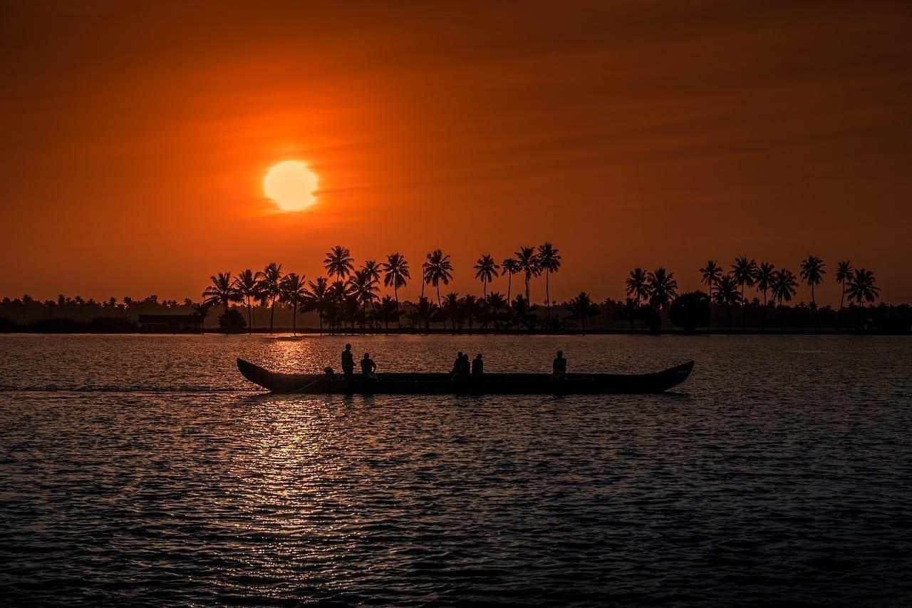 Puesta De Sol Kerala Aleppay India