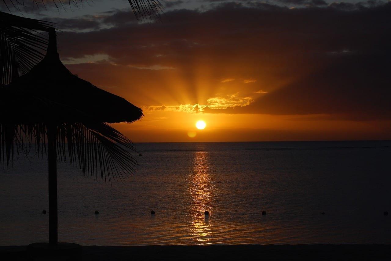 Puesta De Sol Playa De Azúcar Mauricio Mauricio