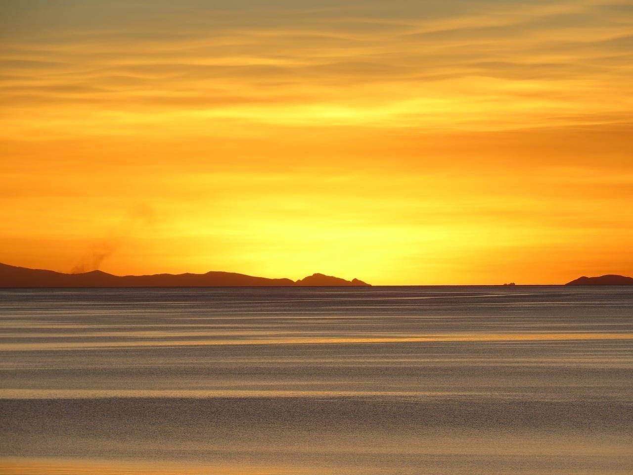 Puesta Del Sol Lago Titicaca Perú Perú