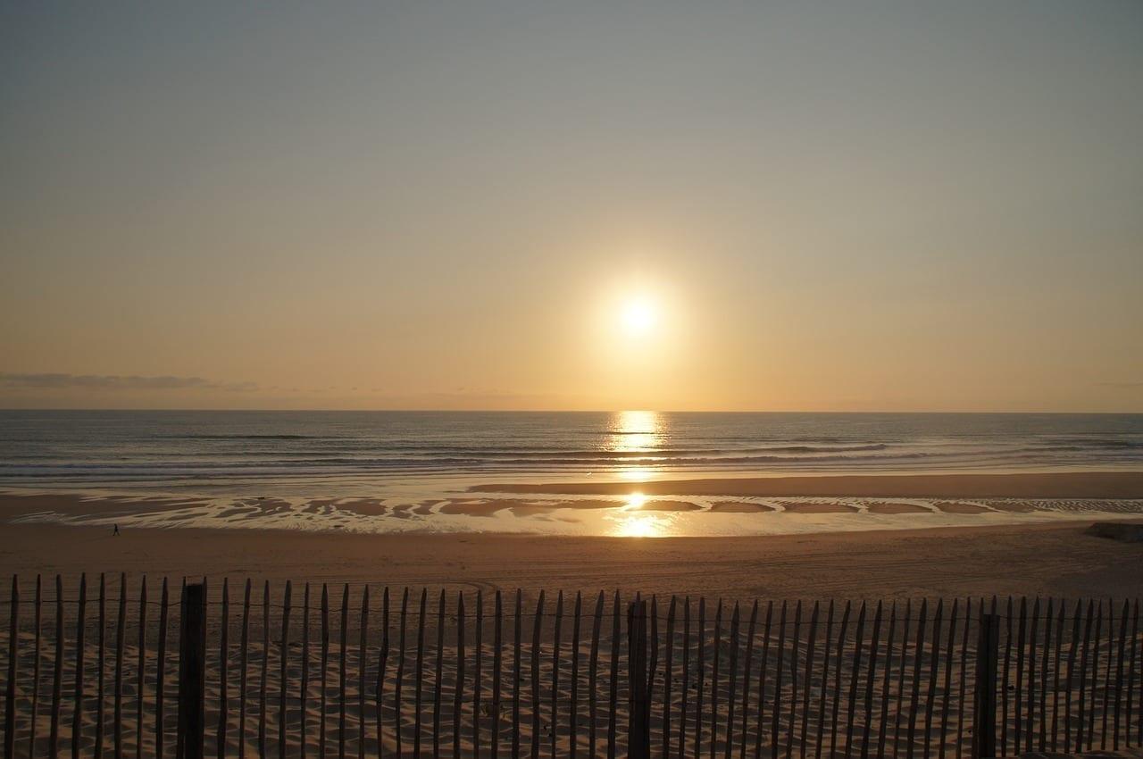 Puesta Del Sol Playa Biscarrosse Francia
