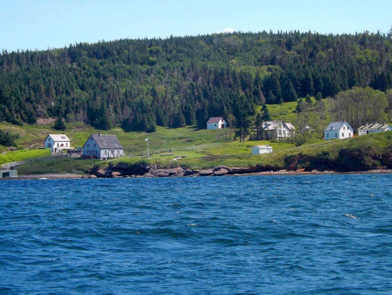 Restauró casas de pescadores del siglo XIX en L'Anse à Butler, en la isla de Bonaventure. Percé Canadá