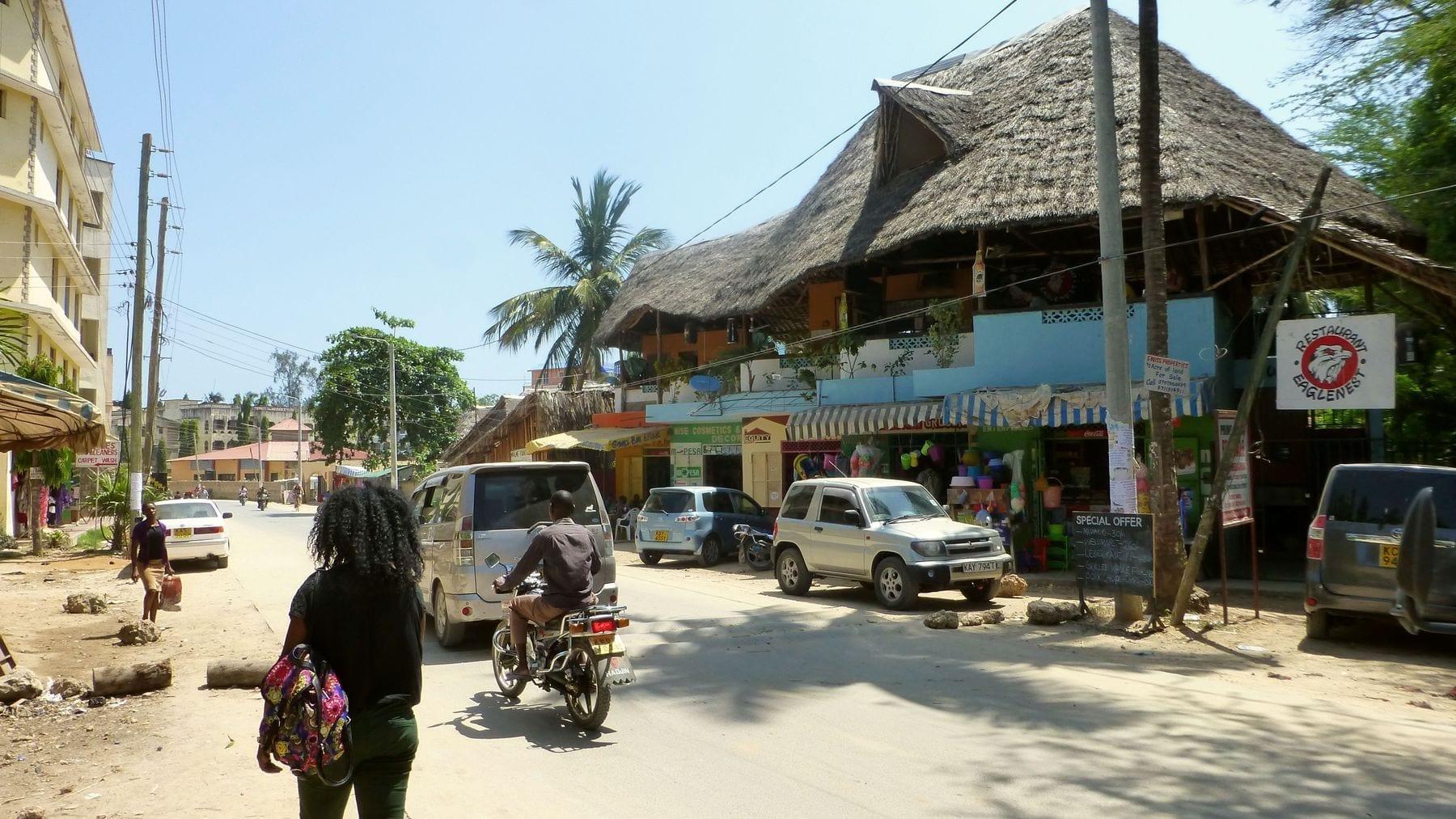 Restaurante en el centro de la ciudad Mtwapa Kenia