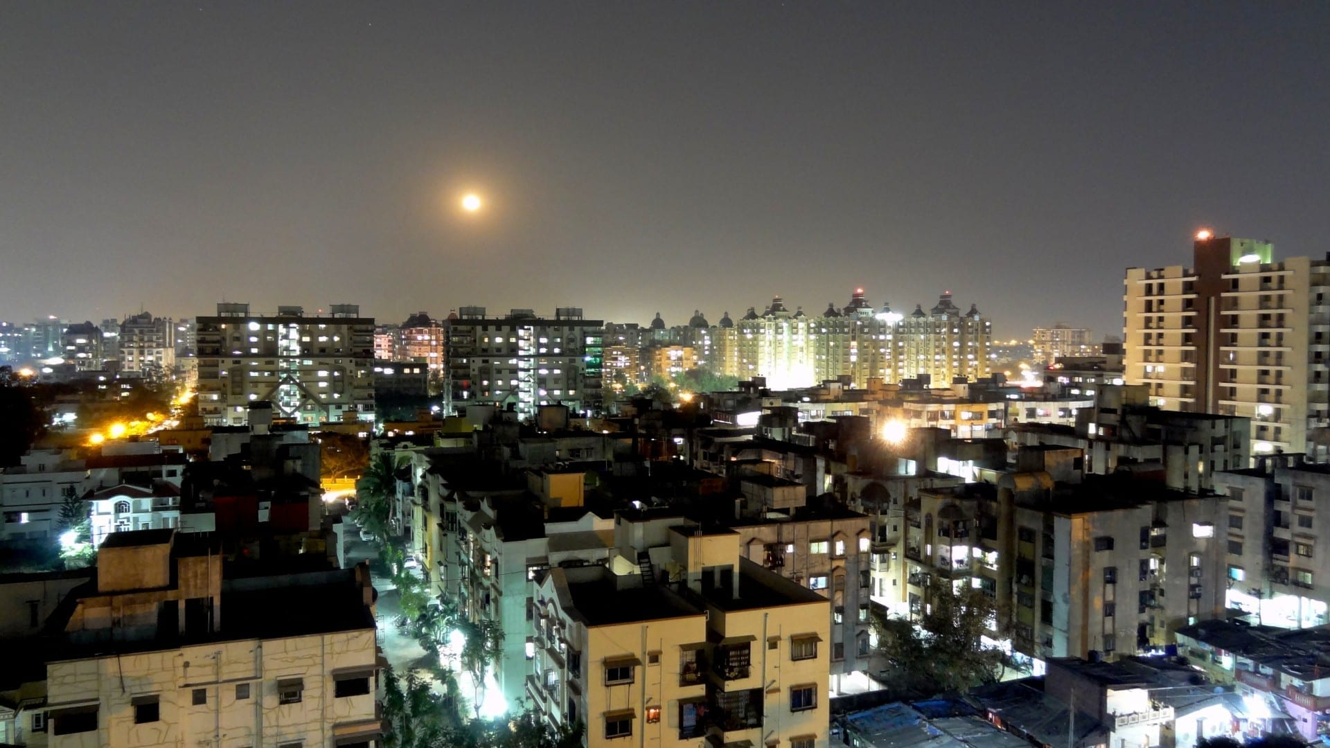 Surat de noche Surat India