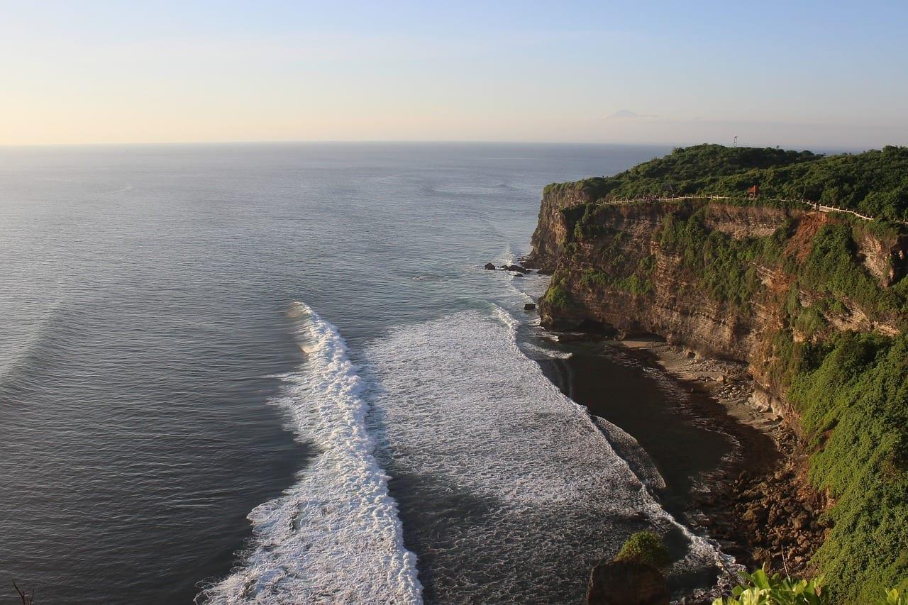 Uluwatu Olas Océano Indonesia