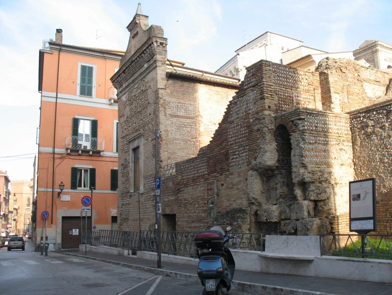 Un templo del antiguo Teate Marrucinorum. Chieti Italia
