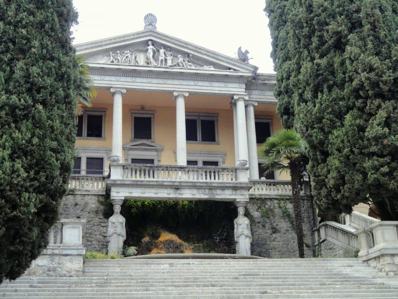 Villa Alba Gardone Riviera Italia
