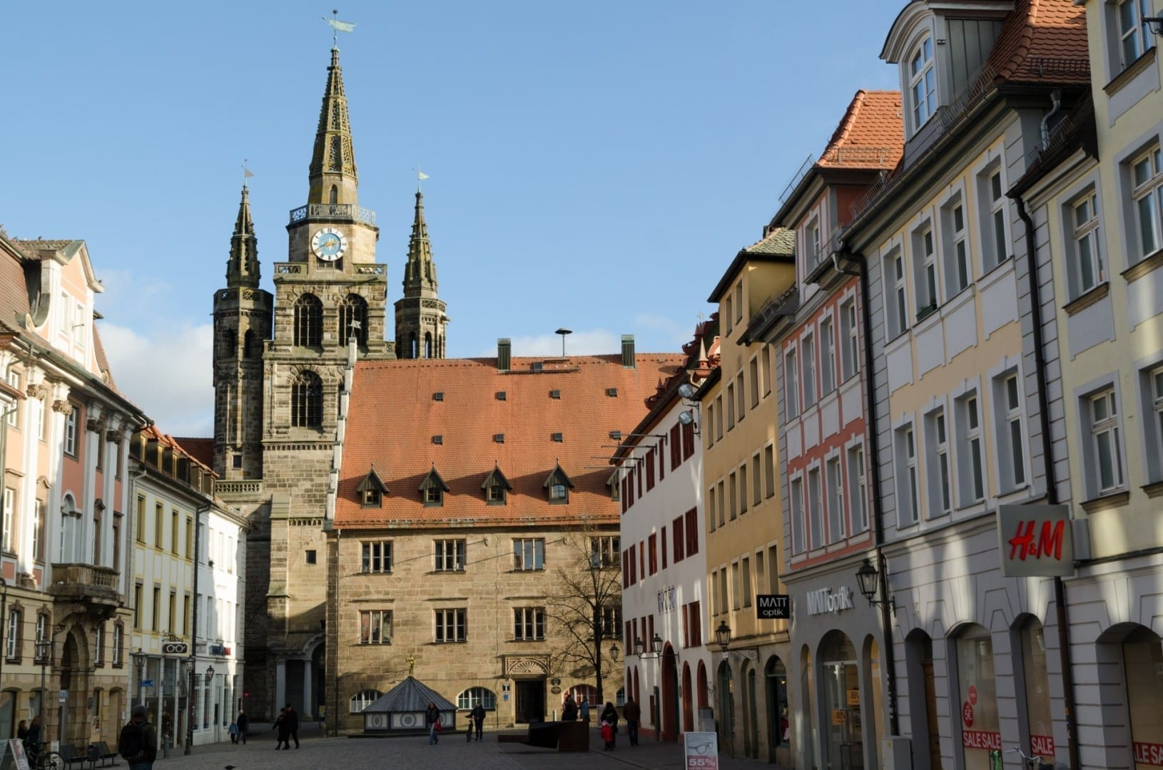 Vista del casco antiguo y de la iglesia de San Gumberto Ansbach Alemania